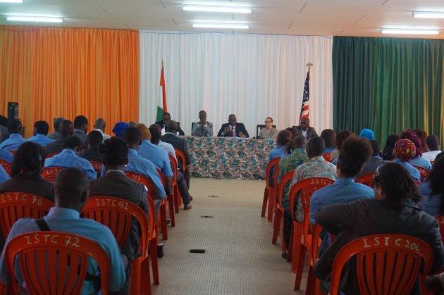 """Résumé de la Conférence-débat sur le thème: """"La liberté d'information en tant que liberté fondamentale et droit humain""""..."""